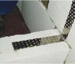 sedinenije peregorodok l-profilem_соединение перегородки со стеной L-профолем